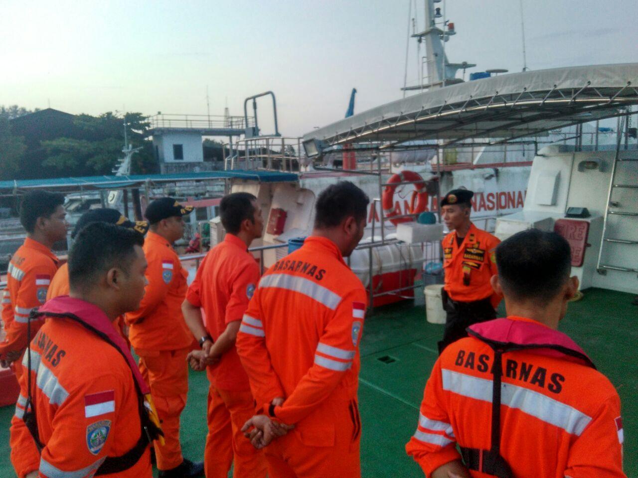 Perahu Terbalik di Perairan Internasional, Dua WN Malaysia Belum Ditemukan