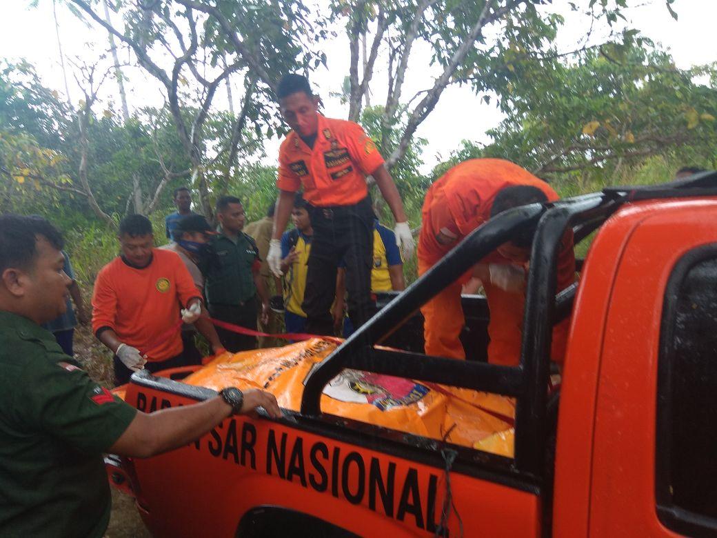 Temukan Mayat di Pantai, Warga Pengudang Lapor SAR Tanjungpinang