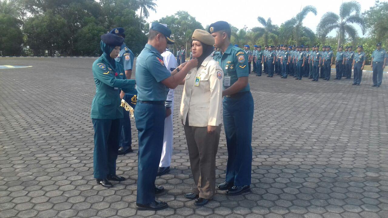 42 Personel Lantamal IV Menerima Kenaikan Pangkat