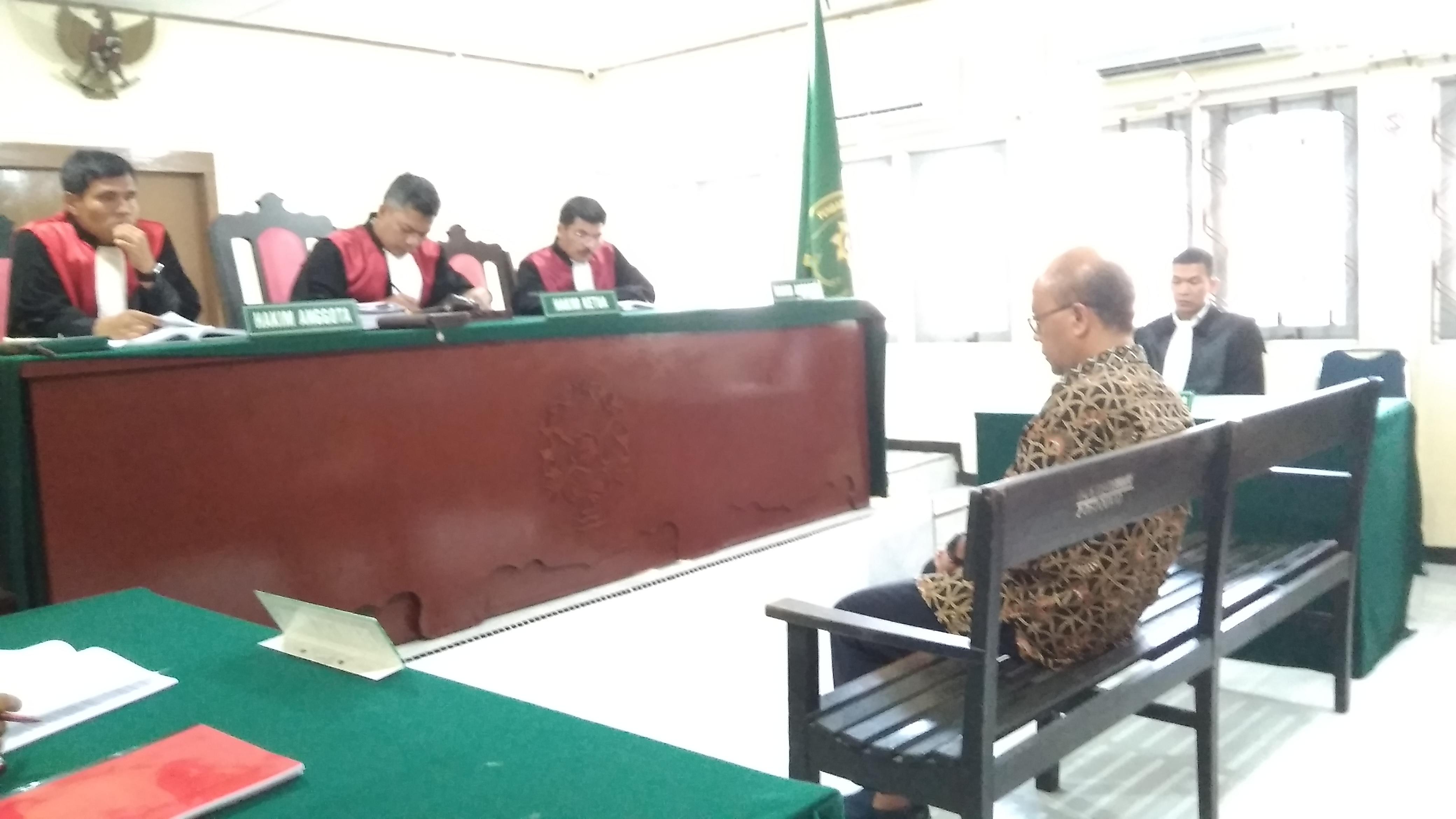 Terima Suap, Mantan Kadis LH Kota Batam Dituntut 15 Bulan Penjara