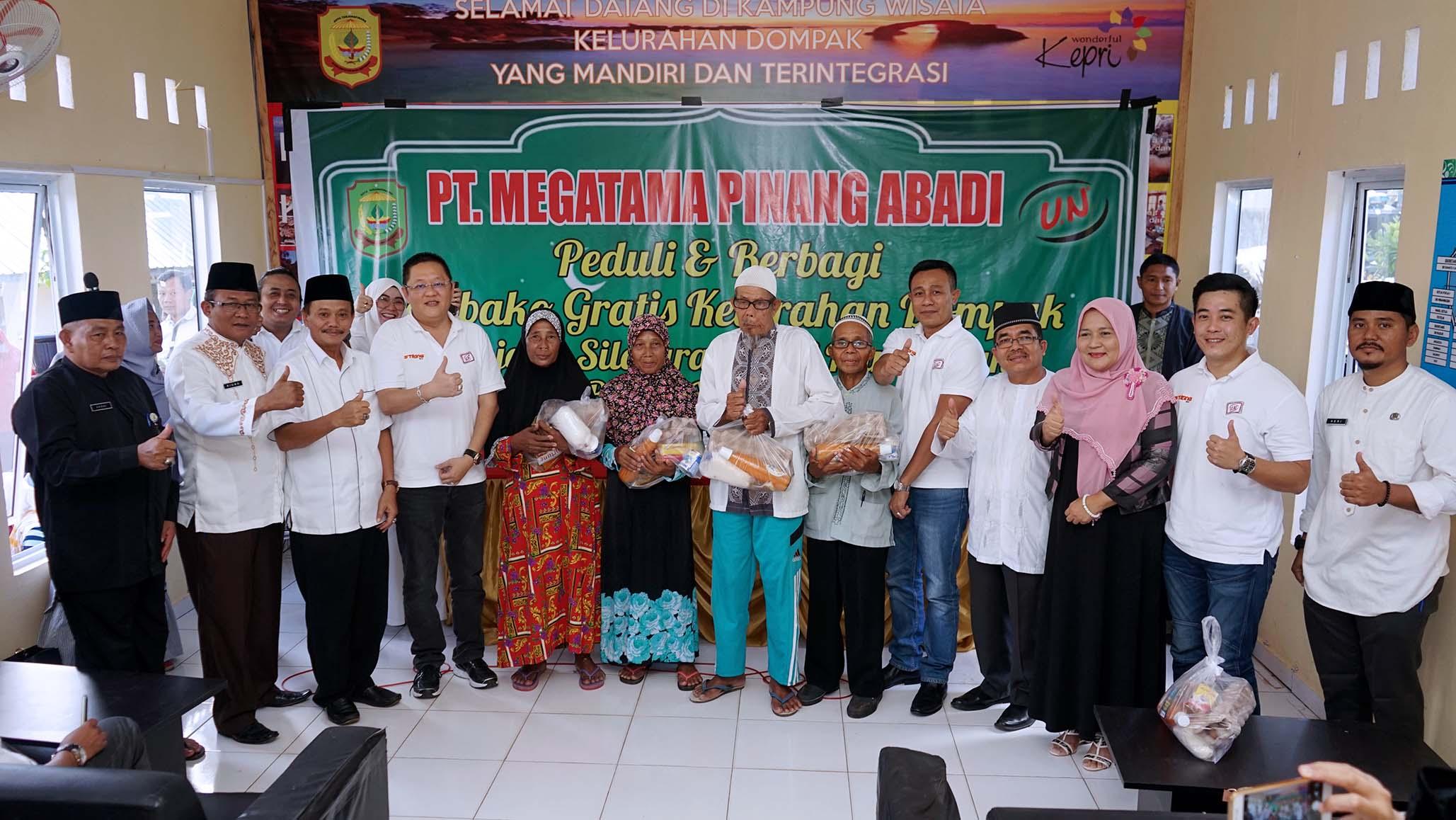 PT. Megatama Pinang Abadi bagikan 1.600 paket sembako