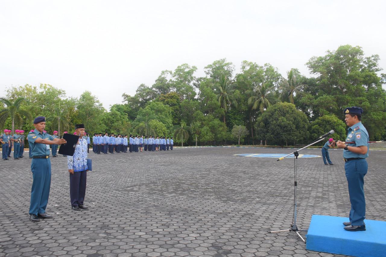 Laksma R. Eko Suyatno Pimpin Apel Upacara Peringatan Harkitnas ke 110 di Lantamal IV Tanjungpinang