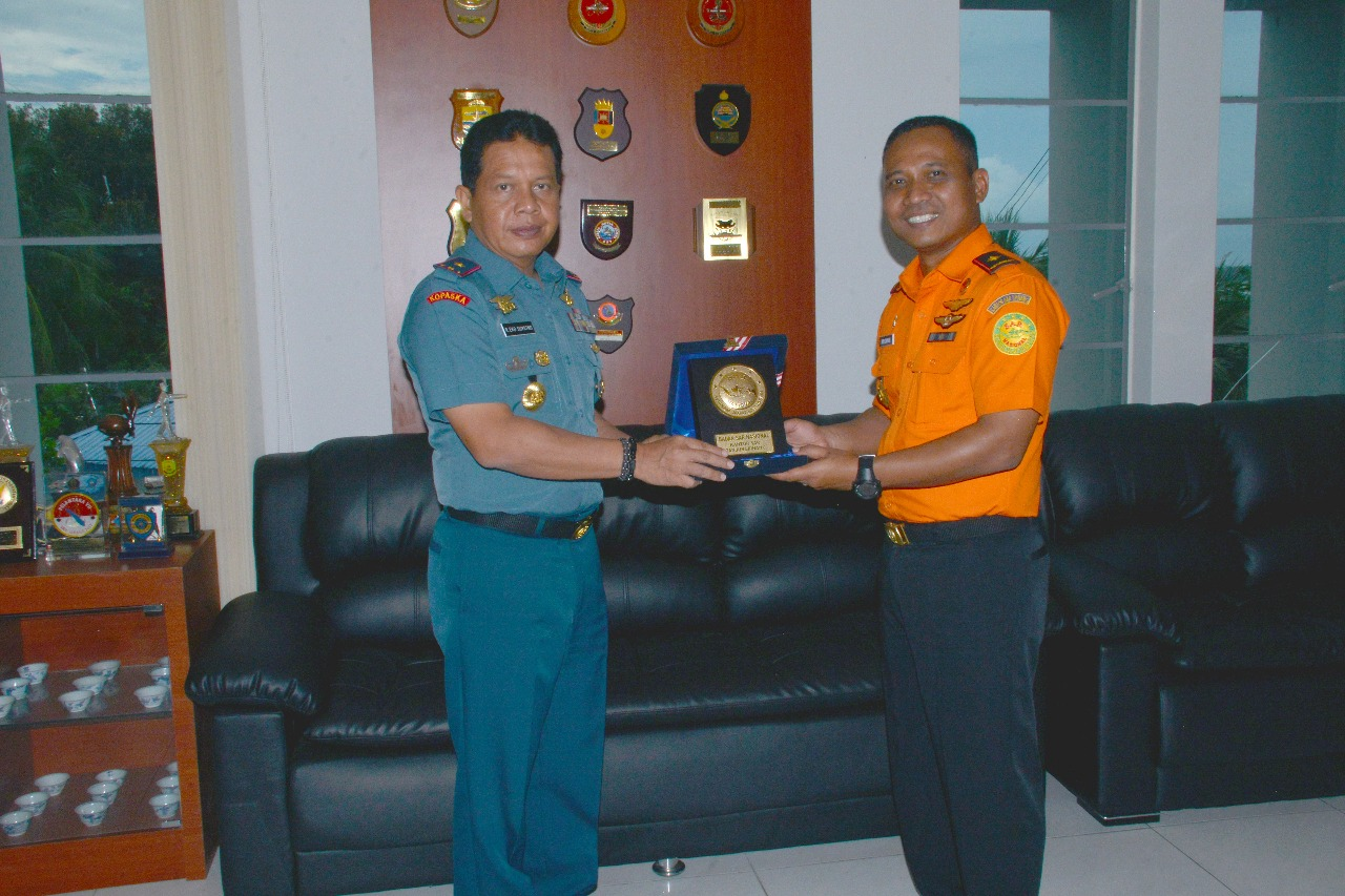 Danlantamal IV Terima Kunjungan  Kepala KPP Klas A Tanjungpinang