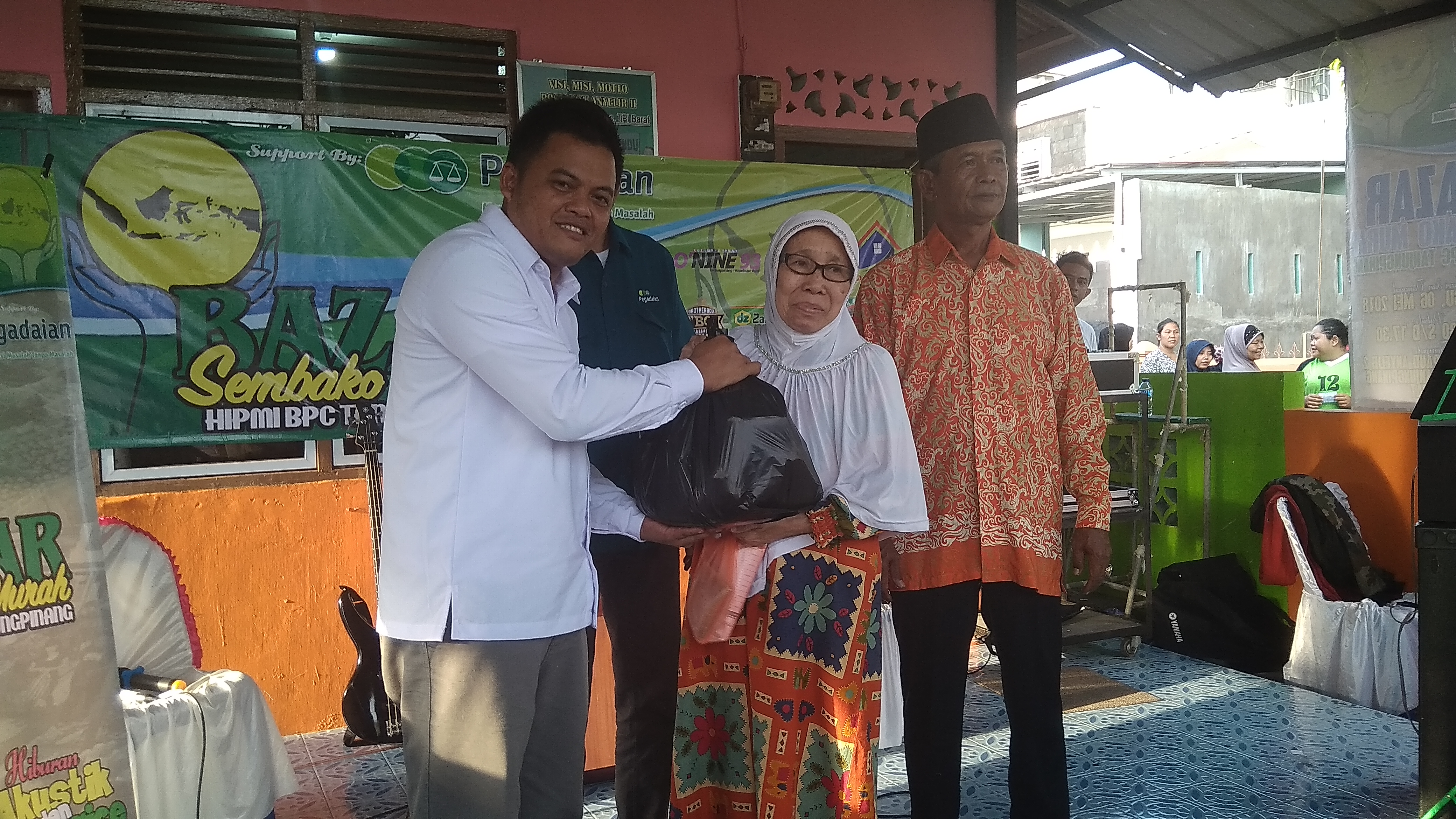 HIPMI BPC Tanjungpinang gelar bazar sembako murah