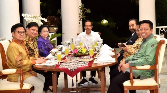 Jokowi Dinner Bersama Ketum Parpol Koalisi