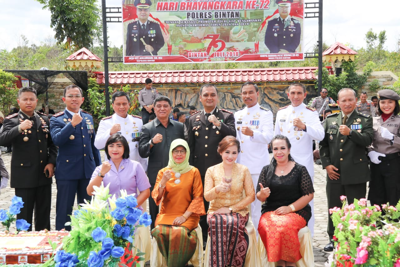 Dalmasri Syam Hadiri HUT Bhayangkara ke-72 di Mapolres Bintan