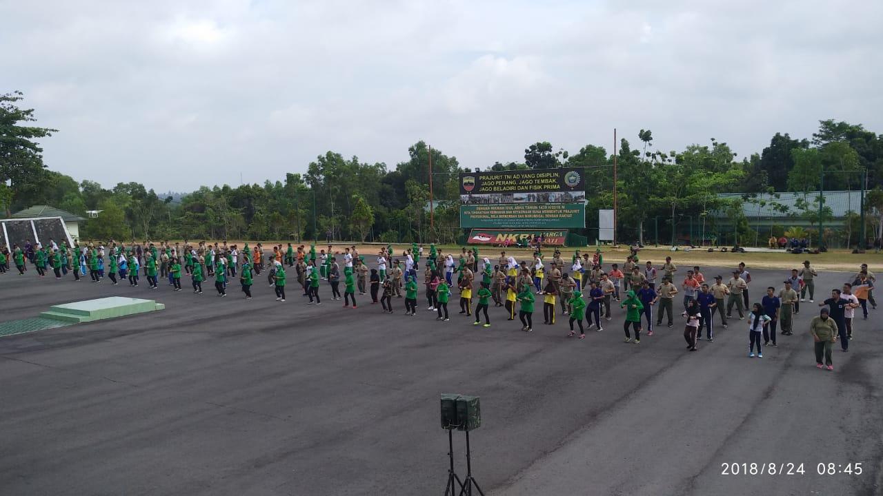 Korem 033/WP Demo Tari Gemu Famire Secara Massal Untuk Pecahkan Rekor MURI