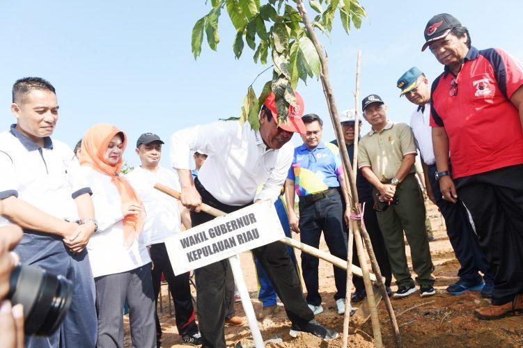 Jaga Kelestarian Alam Mulai dari Lingkungan Terdekat