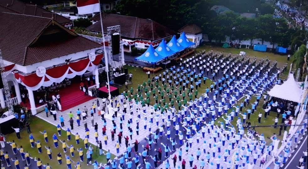 Dari Tanjungpinang Tari Gemu Famire Pecahkan Rekor MURI