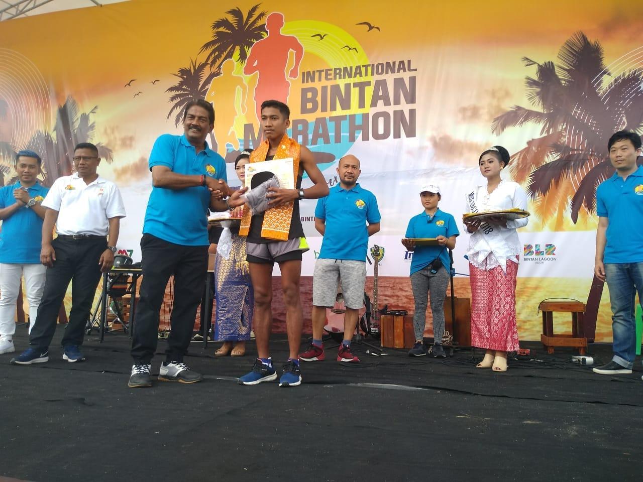 Prada Yusuf Raih Juara III International Bintan Marathon