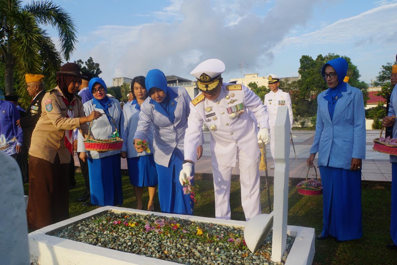 Danlantamal IV Pimpin Peringatan Hari Jadi TNI AL ke-73