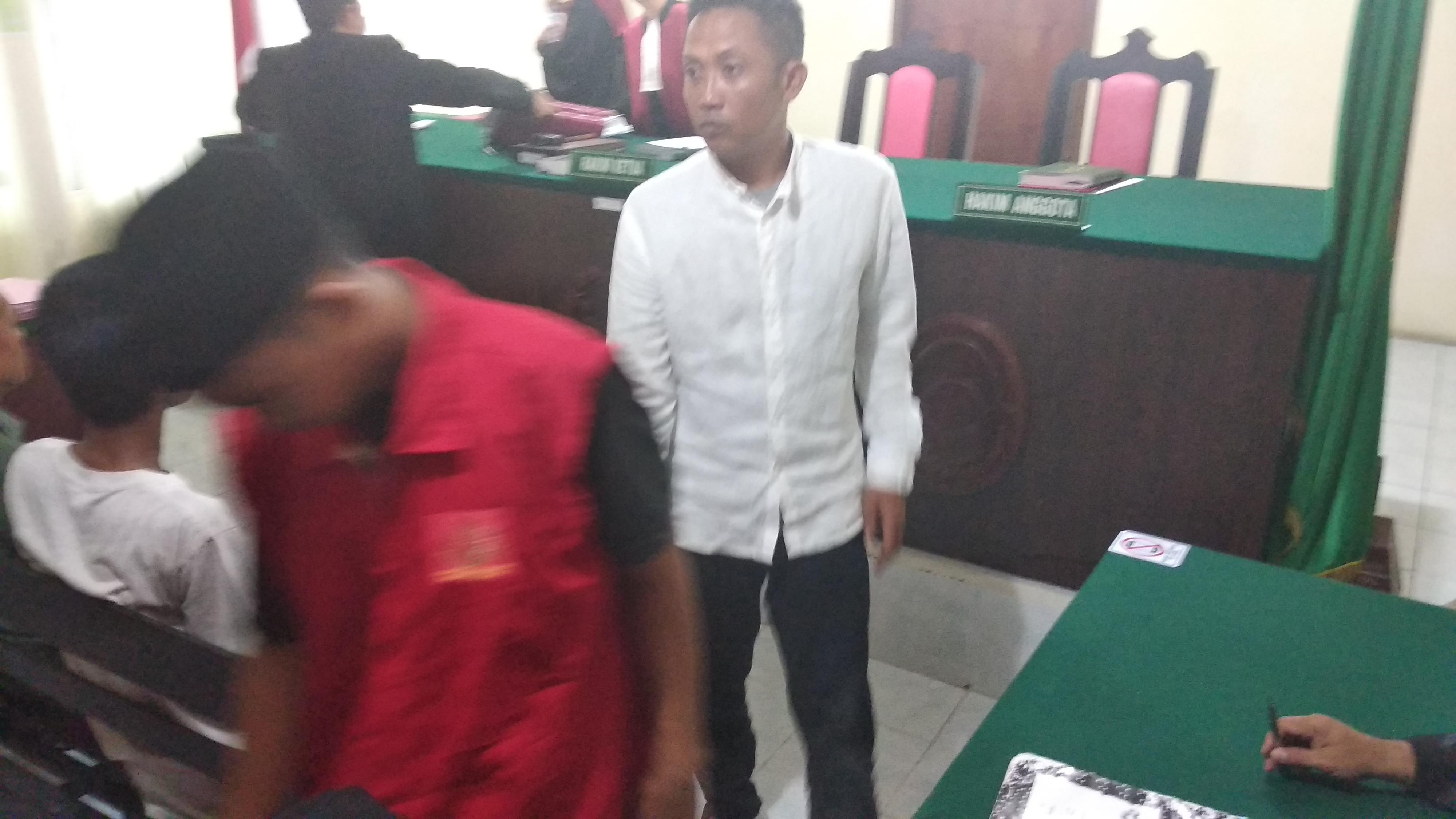Gunakan Sabu, Cahya dan Aldin Divonis 2 Tahun Penjara