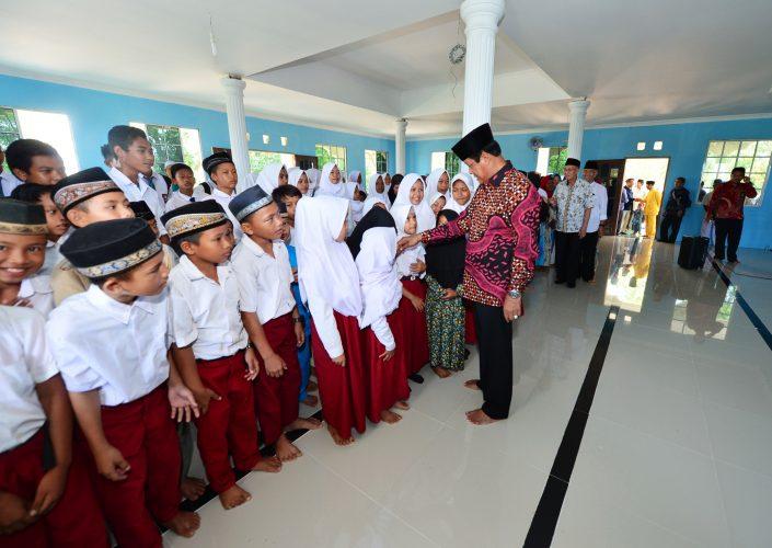Pendidikan di Pulau Harus Semakin Maju