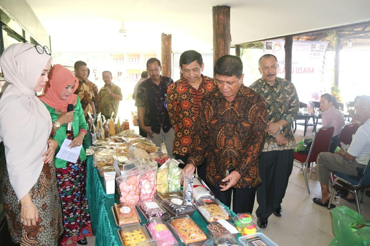 Wabup Bintan dan Ditjen Perdagangan Dalam Negeri Buka Klinik Bisnis Pelaku Usaha