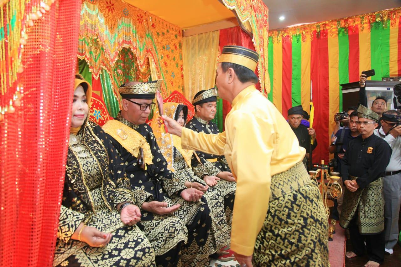 LAM Kota Tanjungpinang beri gelar adat kepada Walikota dan Wakil Walikota Tanjungpinang