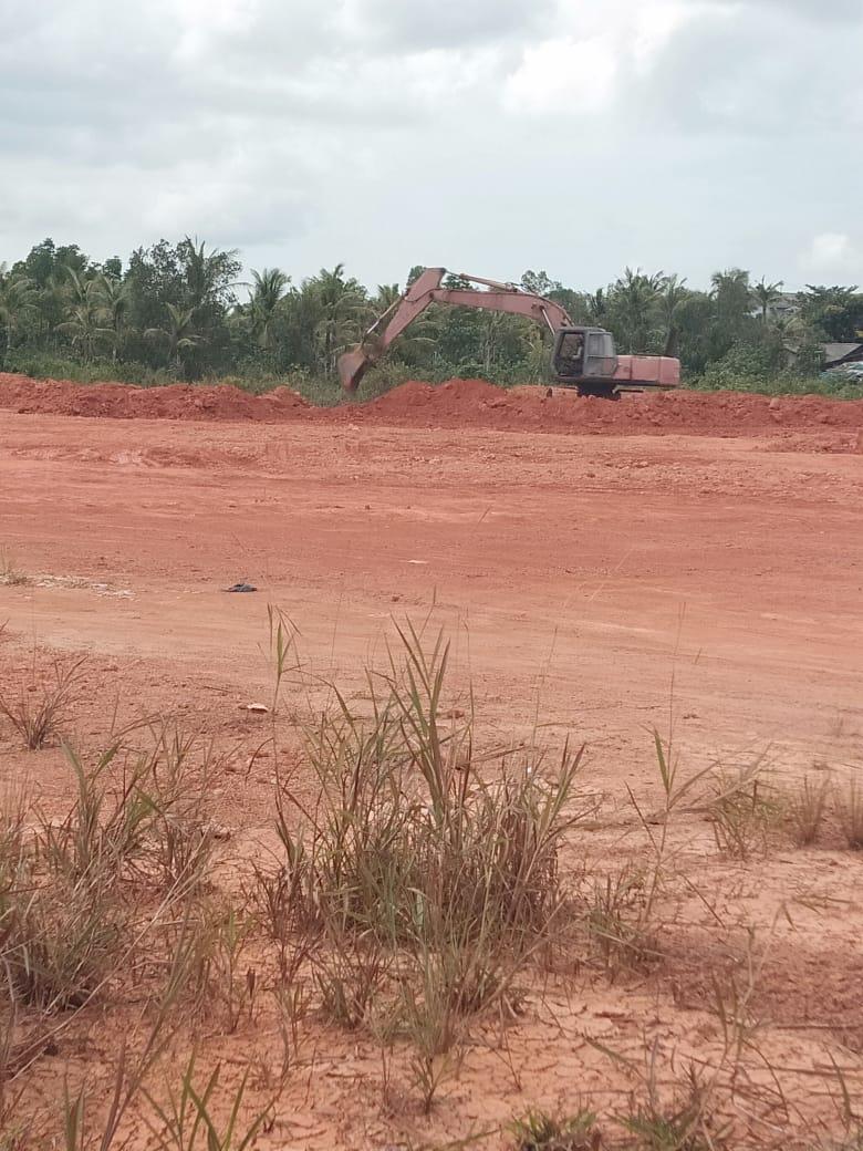 Penimbunan yang dilakukan pengembangan perumahan Sidojadi Mengakibatkan Pencemaran Lingkungan