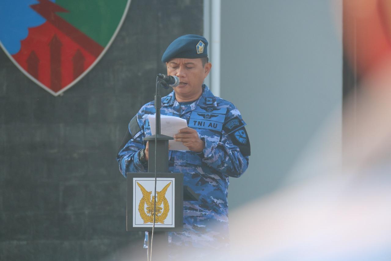 Upacara Bendera Bulanan Lanud RHF : Pangkoopsau I Ingatkan Netralitas TNI dan Persiapkan Operasi serta Latihan TNI AU