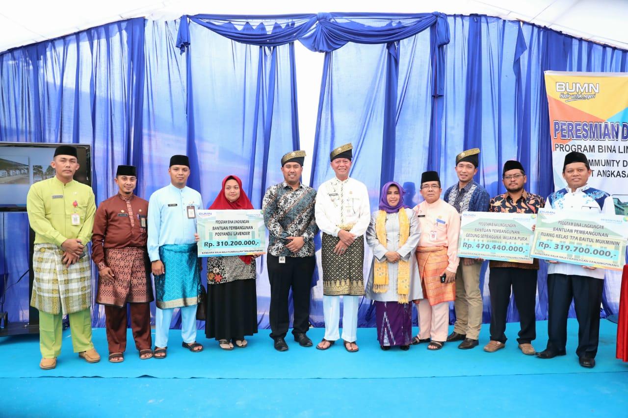 Walikota Resmikan Bantuan PKBL (Program Kemitraan dan Bina Lingkungan) dari PT Angkasa Pura II