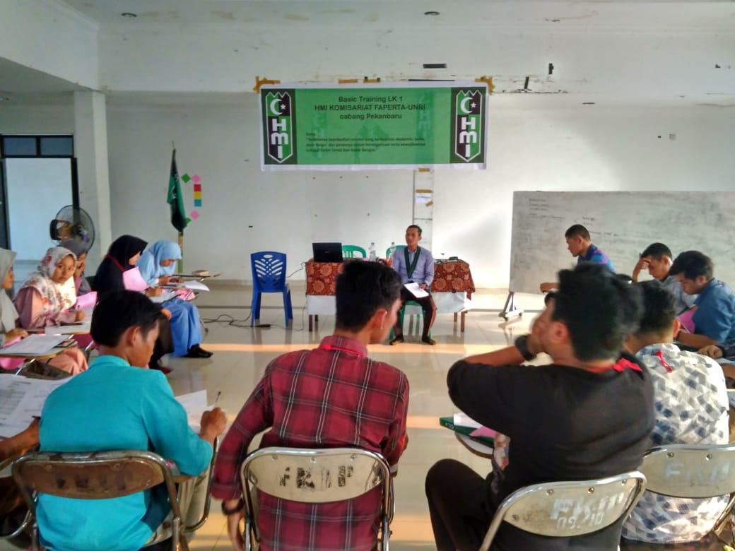 HMI Komisariat Faperta UNRI Gelar Basic Training