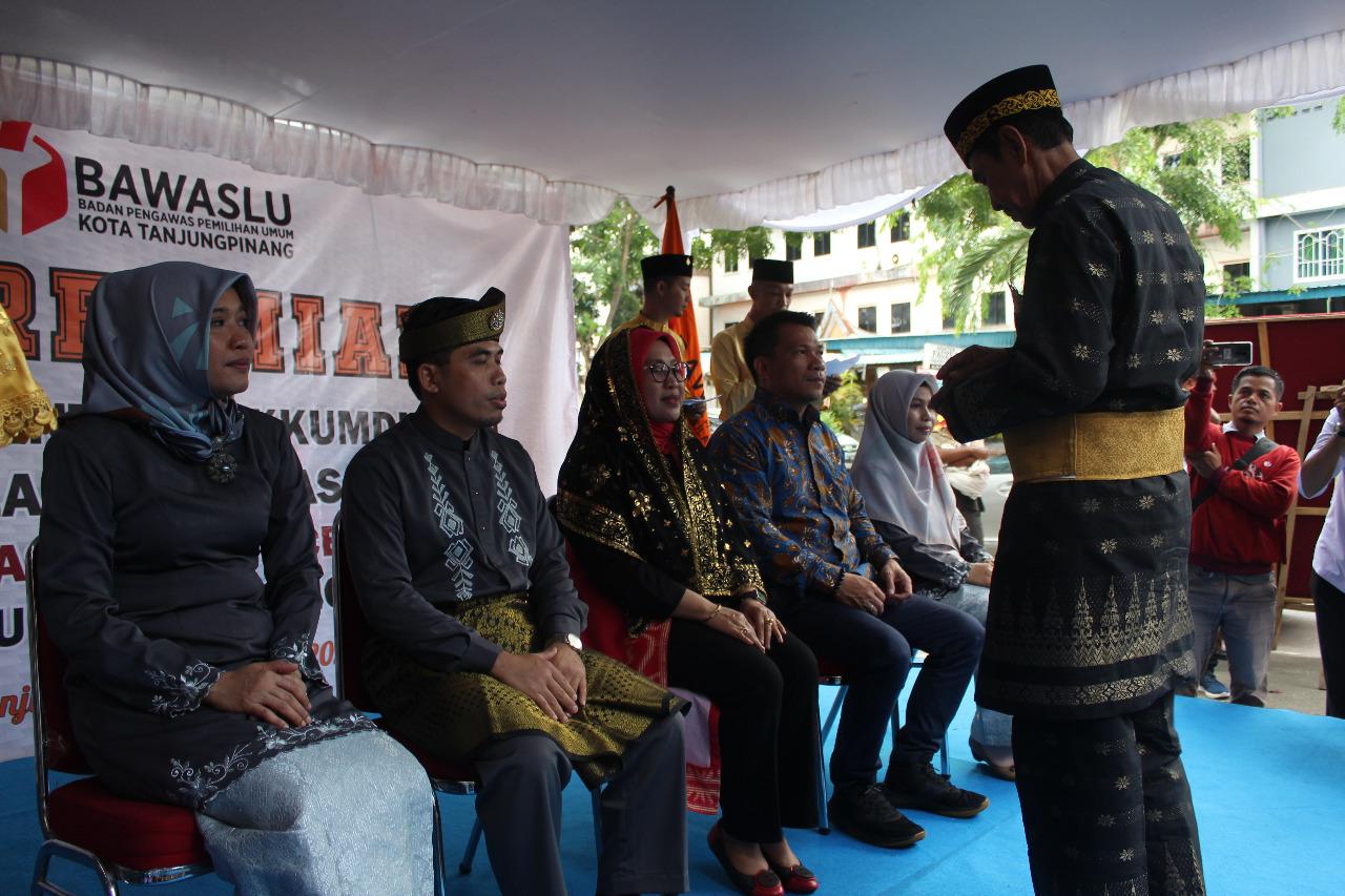 Sukseskan Pilkada 2020: Bawaslu RI Resmikan Kantor Sentra Gakkumdu dan Balai Pengawasan Bawaslu Kota Tanjungpinang