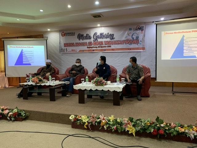 Bawaslu Tanjungpinang Ajak Wartawan Perangi Politik Uang
