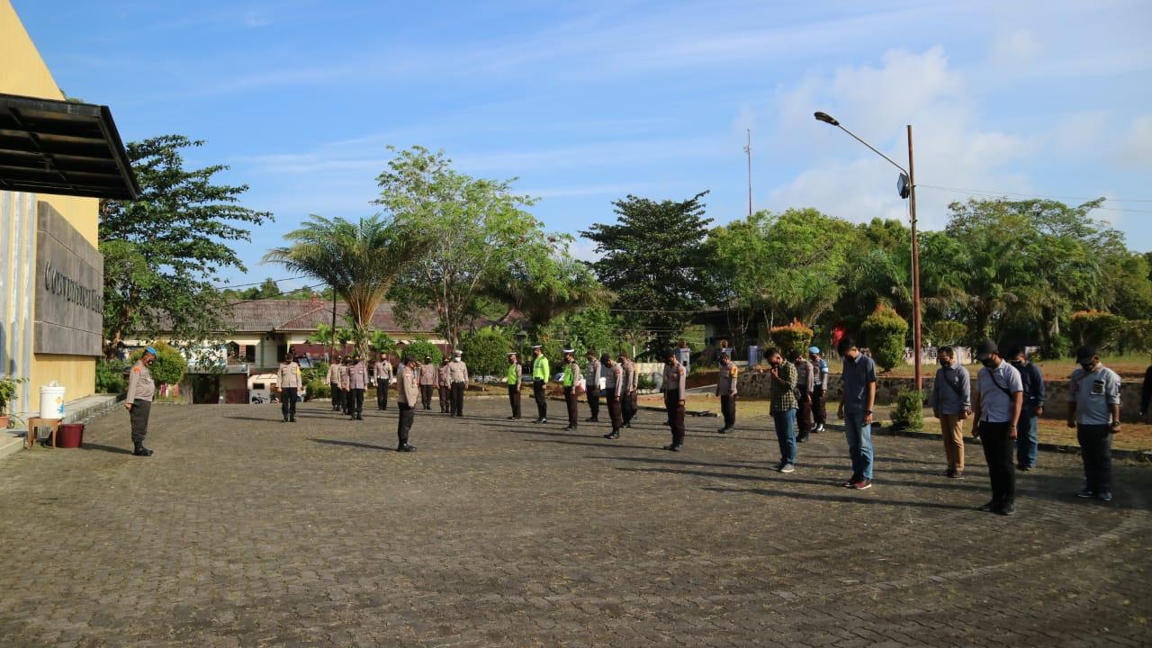 Rapat Pleno Terbuka Pasangan Calon Terpilih Bupati dan Wabup Bintan di jaga ketat Personil Polres Bintan