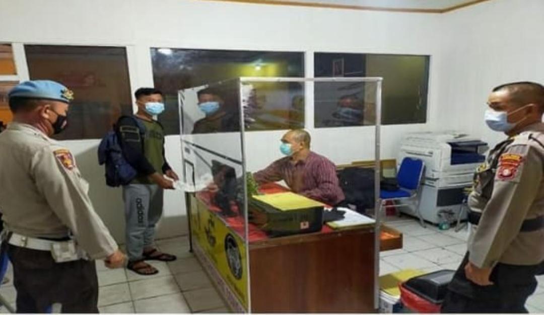 Siepropam Polres Kobar Laksanakan Pengawasan Internal di Pelayanan Publik SKCK