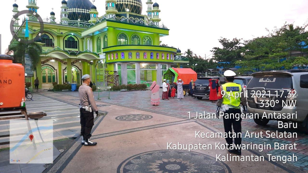 Polres Kobar Lakukan Patroli di Masjid-masjid yanga ada di Seputaran Kota Pangkalan Bun
