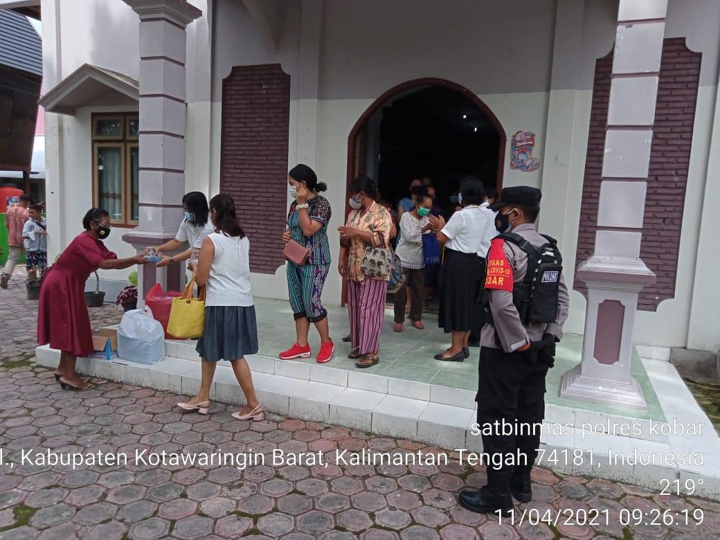 Anggota Polisi Lakukan Pengamanan Ibadah Keagamaan Di Gereja Effata Pasir Panjang