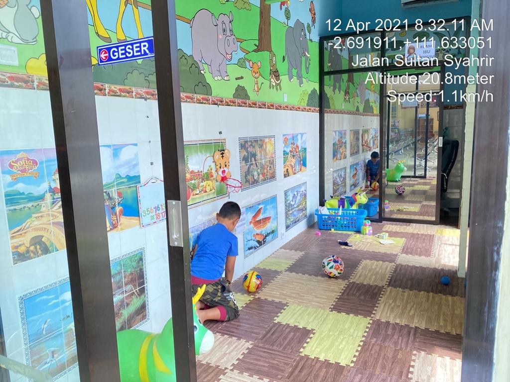 Asyik Samsat Kotawaringin Barat, Sediakan Tempat Bermain Khusus Anak-Anak