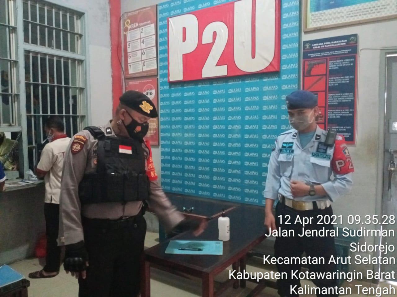 Patroli Tim Rajawali Satsabhara Polres Kobar Sambangi Kantor Lapas