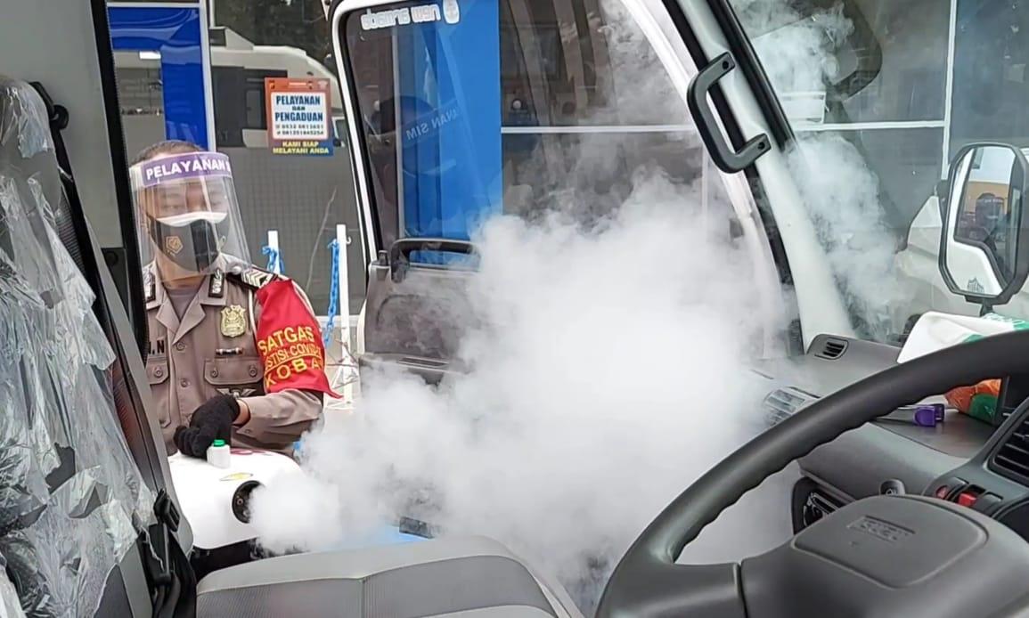 Satlantas Polres Kobar melaksanakan kegiatan Fogging
