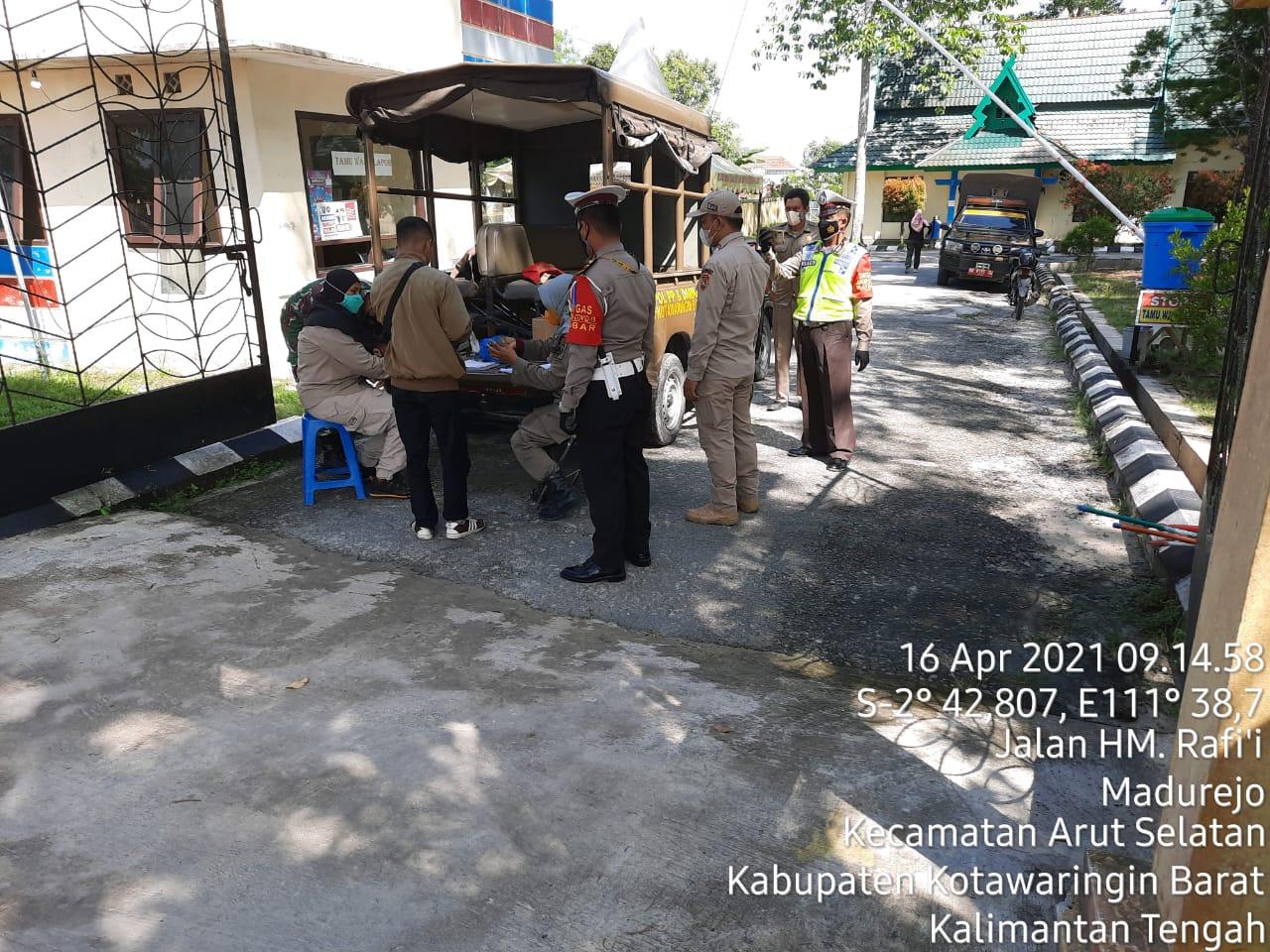 Polres Kobar laksanakan Ops Yustisi bersama TNI dan Satpol-PP guna mencegah penyebaran Covid-19