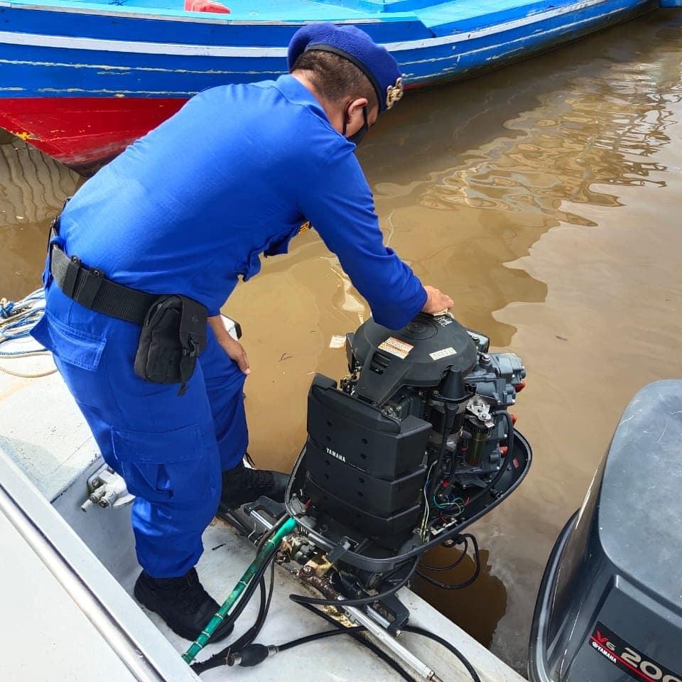 Pemeliharaan Dan Perawatan Mesin Kapal Satpolairud Polres Kobar