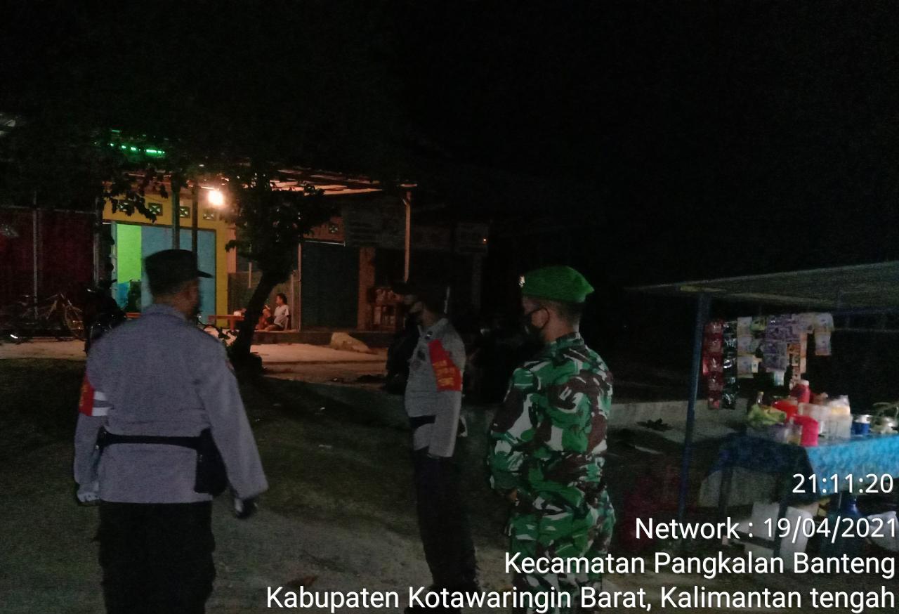 TNI-POLRI dan Trantib Kecamatan Laksanakan Yustisi malam hari