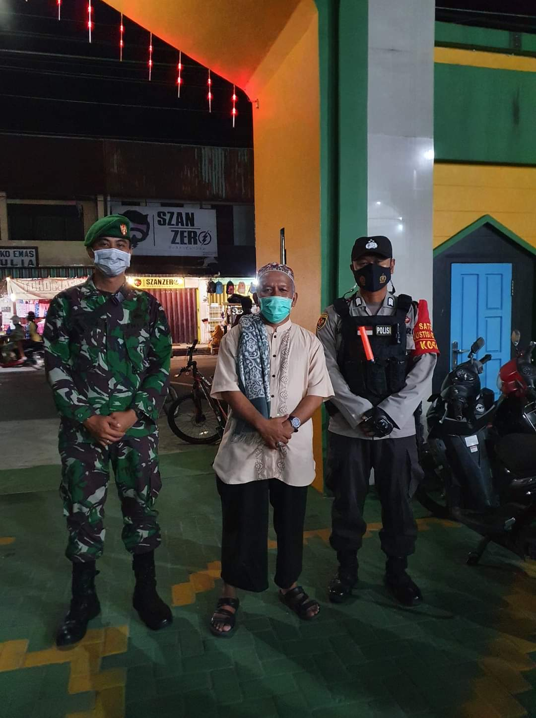 Polres Kobar Bersinergi dengan TNI Amankan Pelaksanaan Sholat Taraweh
