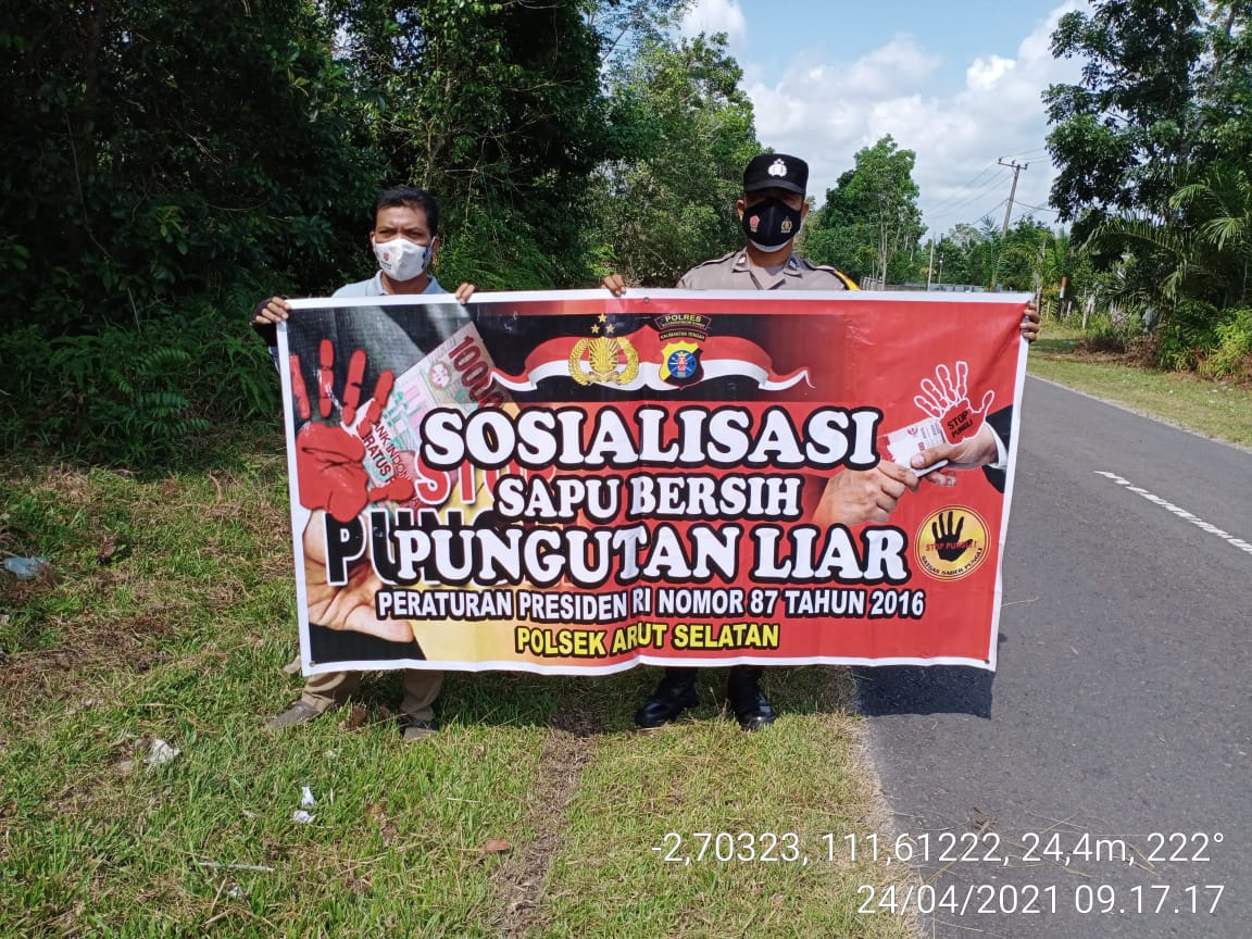 Terus, Polsek Arsel Sosialisasikan Saber Pungli