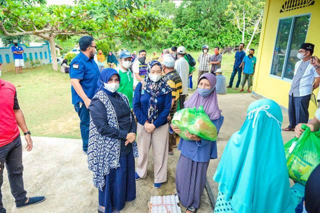 IDI Bersama Pemko Tanjungpinang Berbagi Sembako & Kupon Minuman