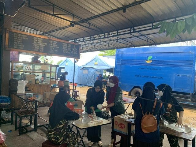 Ekonomi Sulit Di Masa PPKM Darurat, ASPC Salurkan Makanan Kepada Warga Yang Isolasi Mandiri