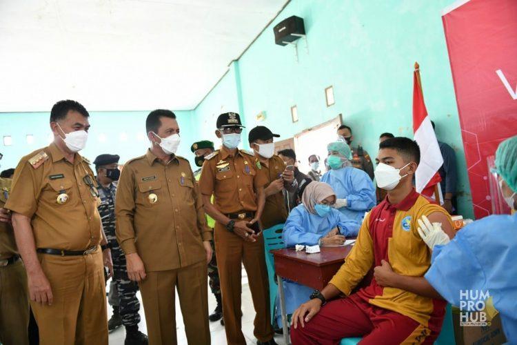 Gubernur Canangkan Vaksinasi Bagi Remaja Usia 12-17 Tahun se-Kepri di Natuna