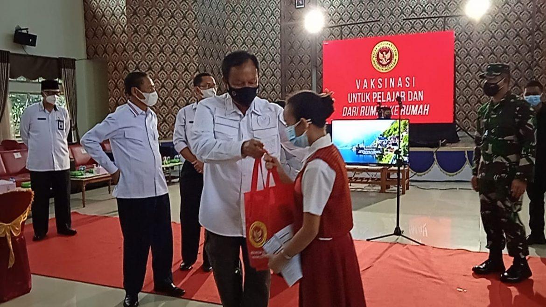 Ditinjau Presiden, Hari Ini BIN Gagas Vaksinasi Lebih Dari 3000 Warga Tanjungpinang