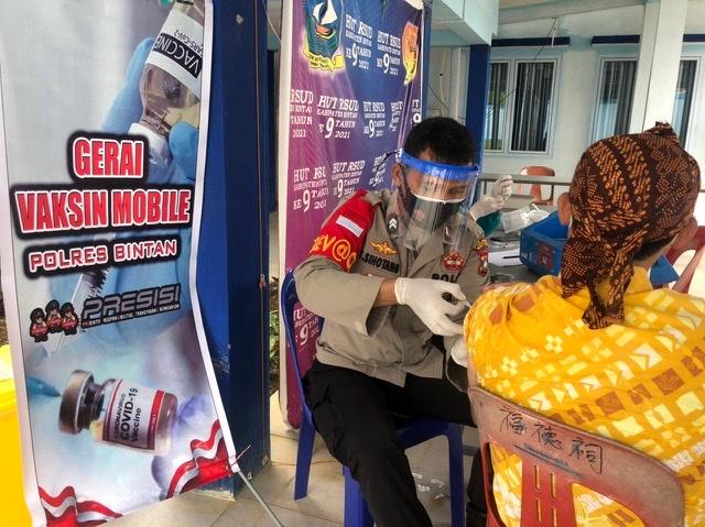 Gerai Vaksin Mobile Polres Bintan Di RSUD Kijang