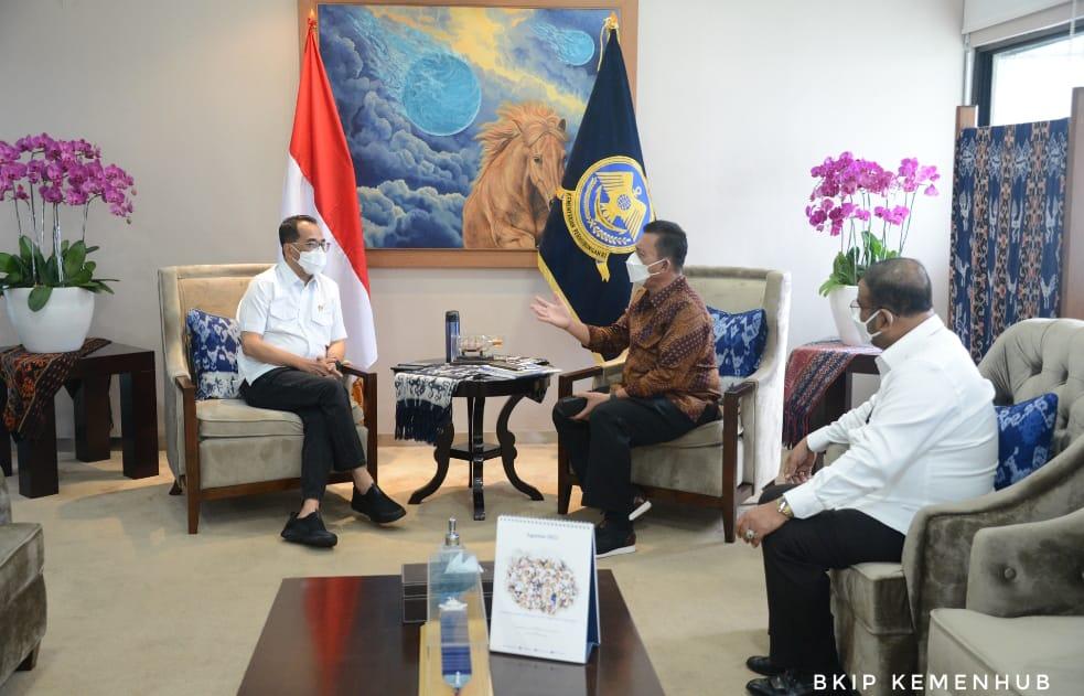 Bersama Menhub Gubernur Bahas Infrastruktur Pelabuhan dan Bandara Karimun dan Natuna
