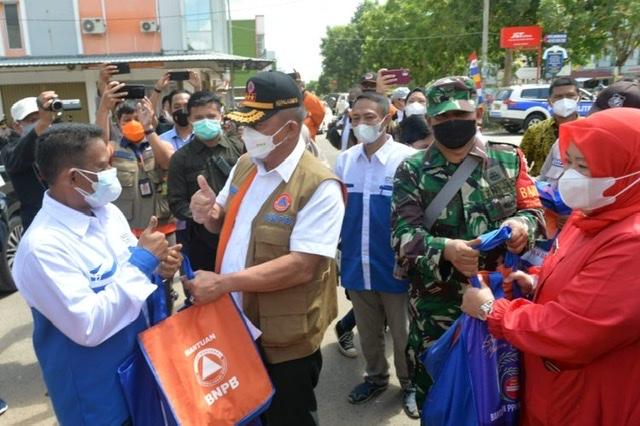Wagub Marlin Sambut Kedatangan Kepala BNPB