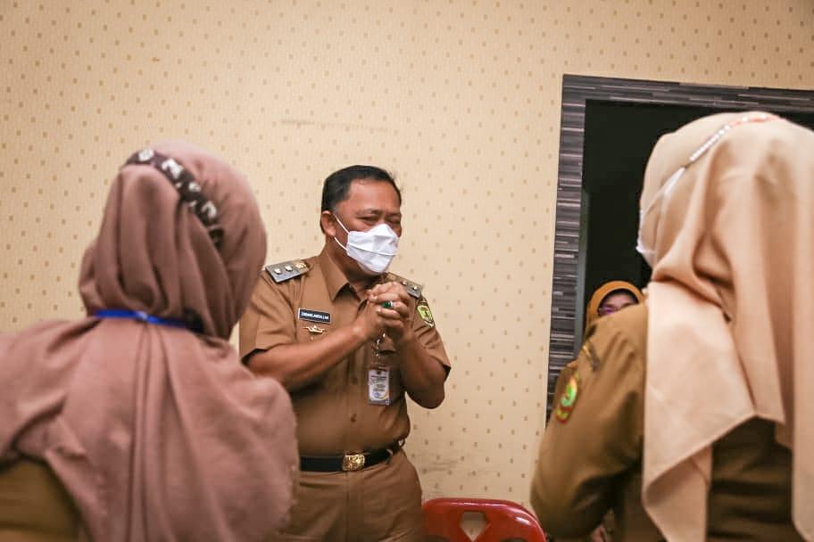 Wawako Harap Petugas Kelurahan Melayani Sepenuh Hati